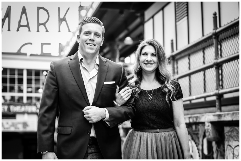 Gasworks and Pike Place Engagement Photos-04