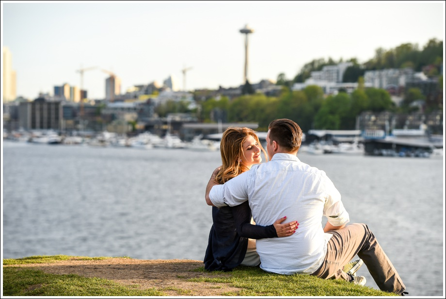 Gasworks and Pike Place Engagement Photos-18
