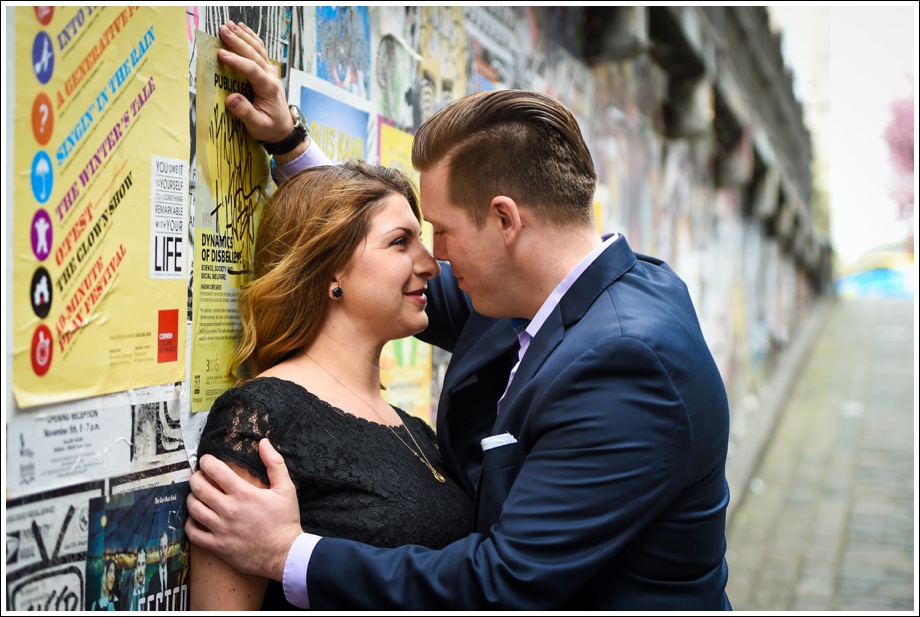 Gasworks and Pike Place Engagement Photos-02