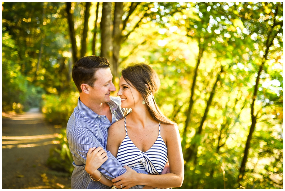 lincoln-park-schmitz-park-engagement-photos-14